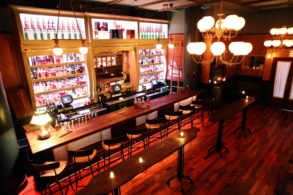 The-Flatiron-Room-about-2