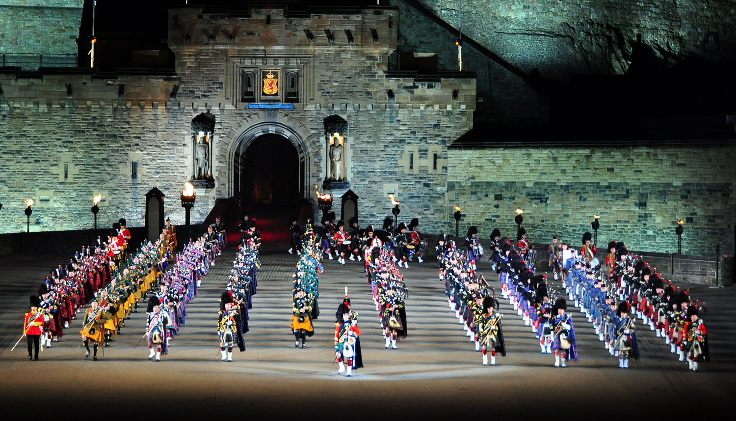 Royal edinburgh military tattoo american scottish for Royal military tattoo